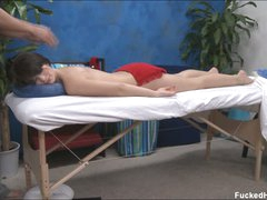 Ashlyn getting happy by masseur