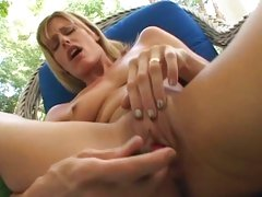 Alluring Darryl Hanah squirts snatch juice
