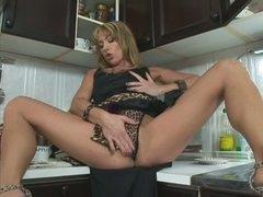 Leggy MILF Tara Romain with appetite for cock